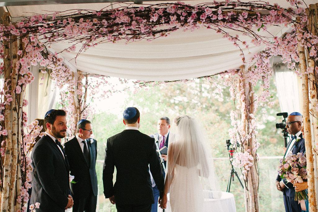 Sara + Jay :. Oakdale Golf Club Jewish Wedding